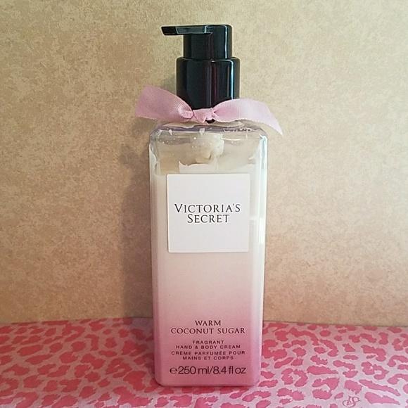 6a17cc1e2c3b6 Victoria's Secret Warm Coconut Sugar Lotion